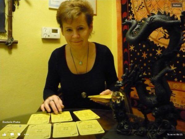 Jitka Corliová – výklad karet