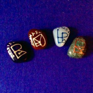 Sada kamenů s andělskými pečetěmi